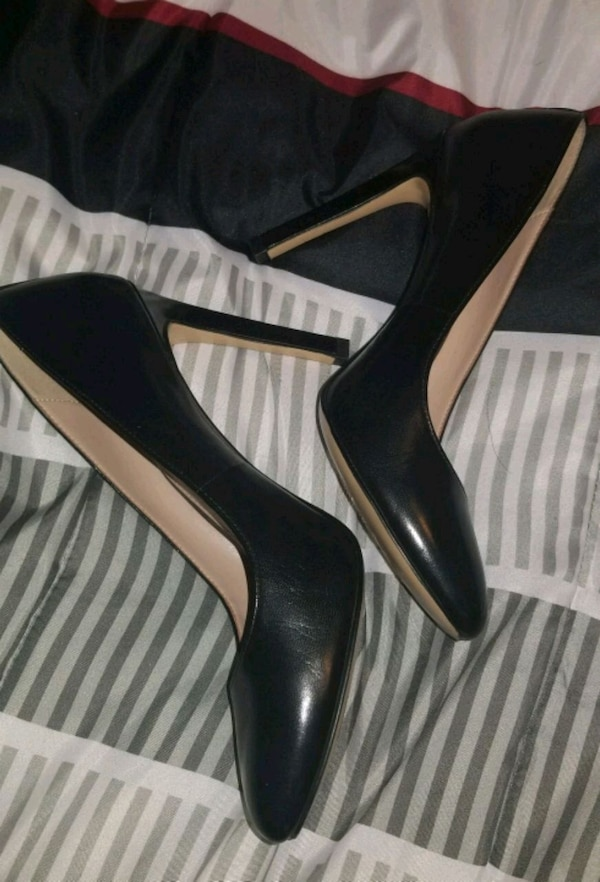 146b73bd2 Used BCBG Round toe Heel for sale in Westchester - letgo