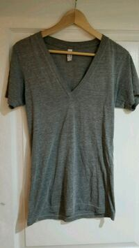 grey V-neck t-shirt North Vancouver, V7J 2L8