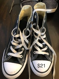 Pair of black converse all star high top sneakers Sacramento, 95835
