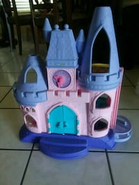 purple and pink castle toy North Las Vegas, 89031