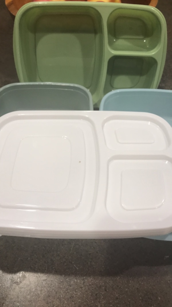 Food containers 4 cefed18b-ad13-43ff-829a-b18e5dc3445c