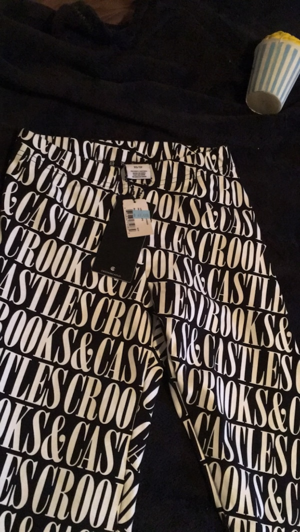 Xs crooks and castle leggings