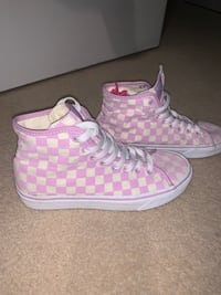 New Vans Lilac high tops  Waterloo, N2T 2Y7