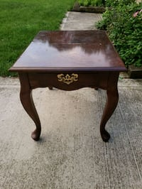 Victorian Style End Table  Columbus, 43228