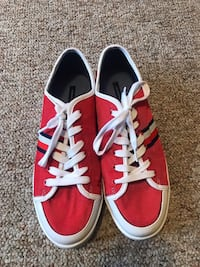 Tommy Hilfiger Spruce 3 Casual Lace Up Shoes - Women's Size 10 M - Red  Teays Valley
