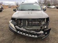 Parting out 2003 Jeep Grand Cherokee Limited 4x4