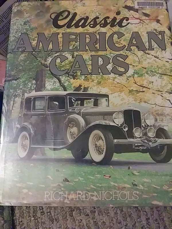 Classic American Cars by Richard Nichols book