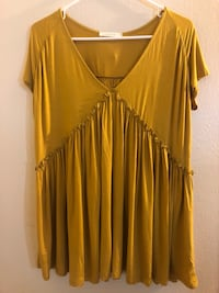 women's yellow v-neck blouse Los Angeles, 90038