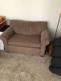 Pull-out chair love seat Kansas City, 64111