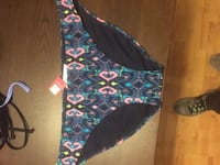 Brand new XL swimsuit bottoms  Vancouver, 98685