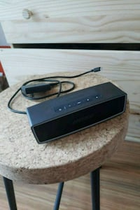 *MINT* Bose SoundLink Mini. 200$ Toronto, M5V 4A7