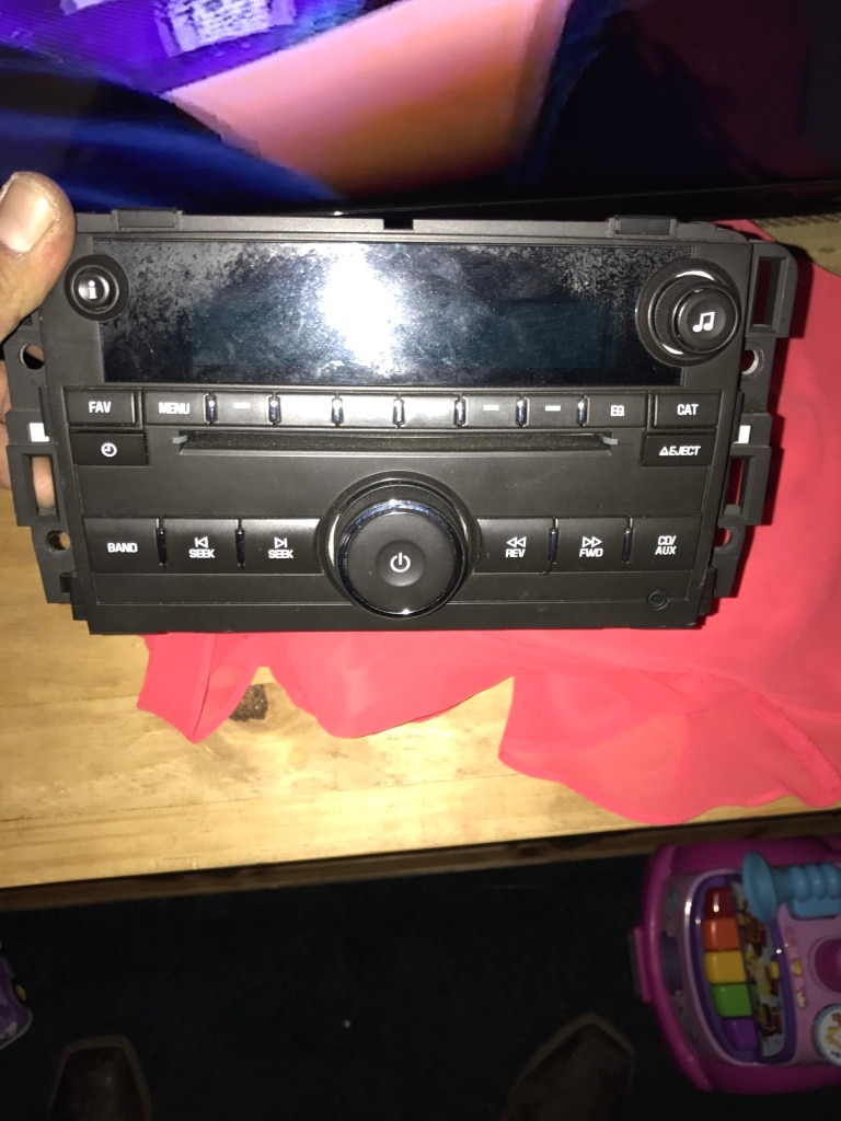 Stock chevy Tahoe 2012 stereo