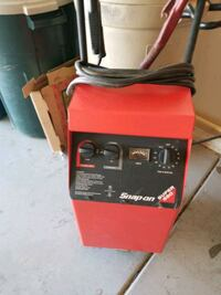 Latest MODEL SNAP ON BATTERY CHARGER.  Sun City West, 85375