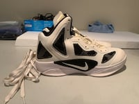 Pair of white-and-black nike basketball shoes Toronto, M3M 2S1