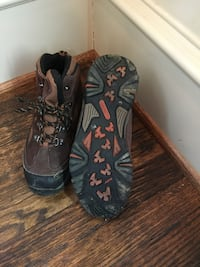 Youth Winter / Hiking Boots, Size 6
