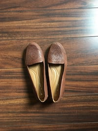 6.5 Naturalizer Brown Flats Edmonton, T6G 0V5