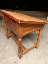 ~NICE~ Solid Oak Student Art Table
