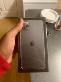 iPhone 11 pro max Metairie, 70003