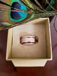 Belle Luce 3 Bands Ring In Rose Gold Size7 New With Tags And Box! Omaha, 68105