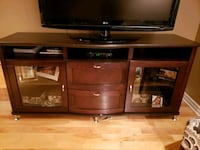 TV stand Laval, H7H 0A6
