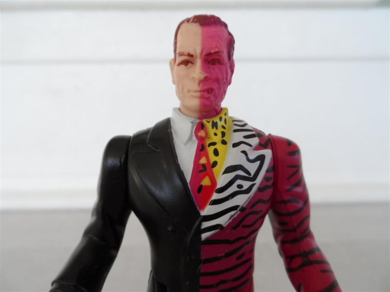 Batman Forever Two-face Kenner 1995 675271ac-85ed-4b8c-a1ba-5e614000267f