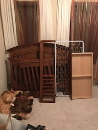 Conversion Crib with Matching Dresser Woodbridge, 22192