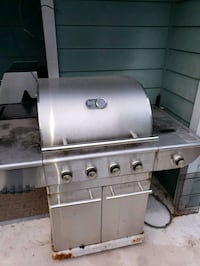 S.S.  BROIL CHEFF BBQ ..  EVERYTHING  WORKS JUST F