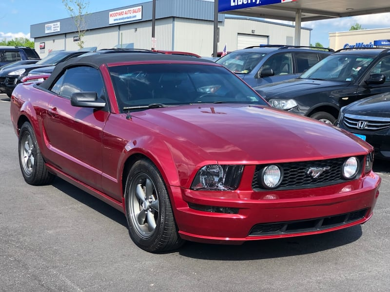 2006 Ford Mustang GT excellent condition 6282f47c-8650-4adb-afe4-abe27eafb9a0