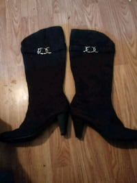 pair of black suede knee-high boots Silver Spring, 20906