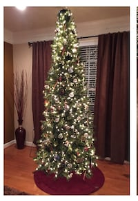Slim Pre-lit Christmas Tree (must go this week) Frederick, 21704