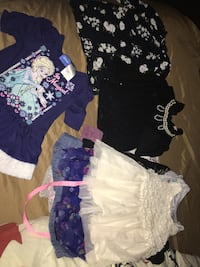 Baby girl clothes size 12m,2t n 3t  1468 mi