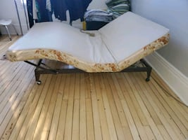 mechanical bed with vibrating feature
