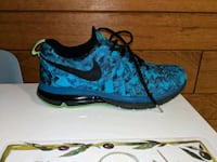 Nike Air Max Fingertrap Toronto, M5S 1C4