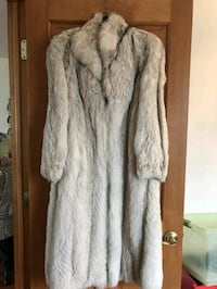 Genuine Fox Fur Coat  Hackensack, 07601