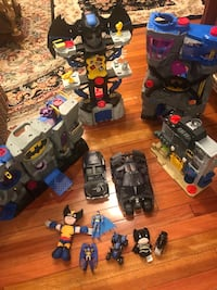12 pieces Batman collection toys  Roslyn Heights, 11577