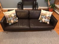 Classic brown leather sofa, great condition! New York, 11216