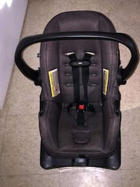 infant Evenflo car seat