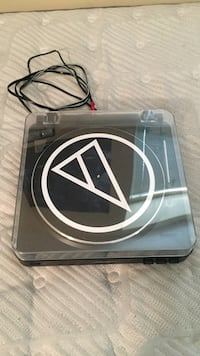 Audio-Technica AT-LP60-USB Turntable London, N6A
