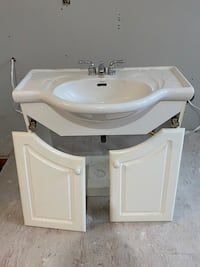 Bathroom vanity  London, N5X 2P1