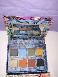 8 Color Earth Eyeshadow Palette