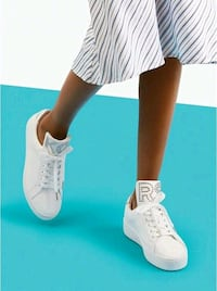 Michael Kors sneakers. White. Size 10. Brand new in box Portsmouth, 23703