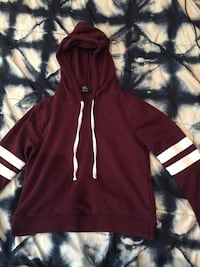 Forever 21 Maroon pull over hoodie Mississauga, L4T 3K4