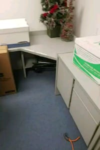 Large office desk and matching filing cabinets Placentia, 92870