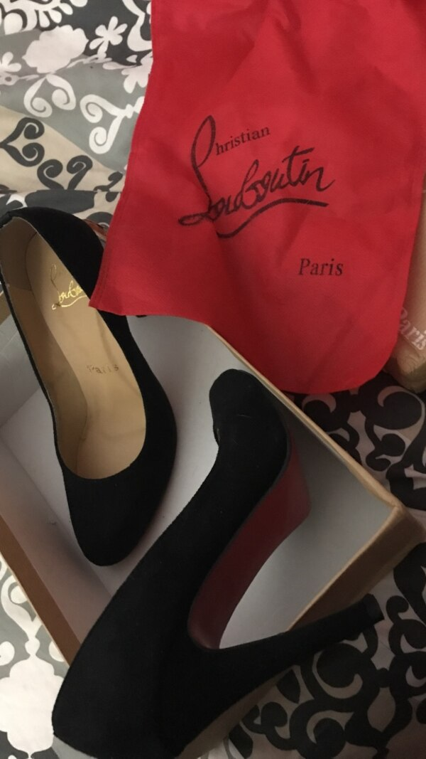 Black Christian Louboutins SZ 5 womens