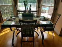 Rectangle Glass Kitchen Table with 4 chairs  409 mi