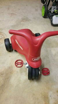 Radio Flyer Push and Pedal tricycle Falls Church, 22044