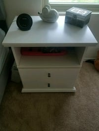 2 Bostwick Shoal Nightstands from Ashley's Furnitu Austin, 78747