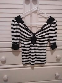 babe black and white striped top Bakersfield, 93312