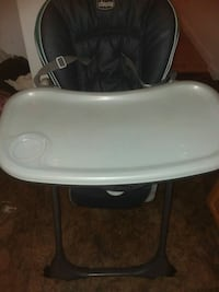 baby's gray and white chicco high chair Providence, 02904