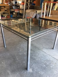 HIGH TOP TEMPERED DINNER TABLE  Ottawa, K1V 6W2